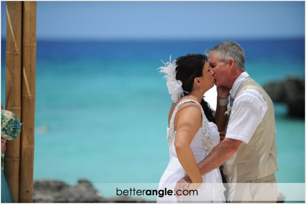 melissa-wolfe-cayman-wedding0012.jpg
