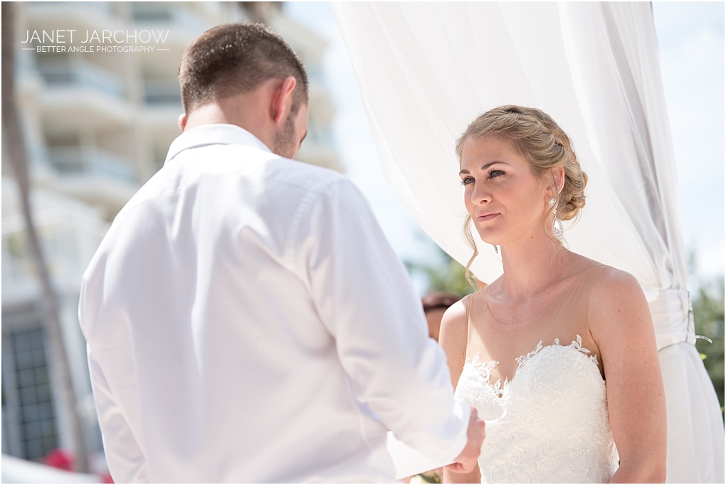 cayman-wedding-photography_010
