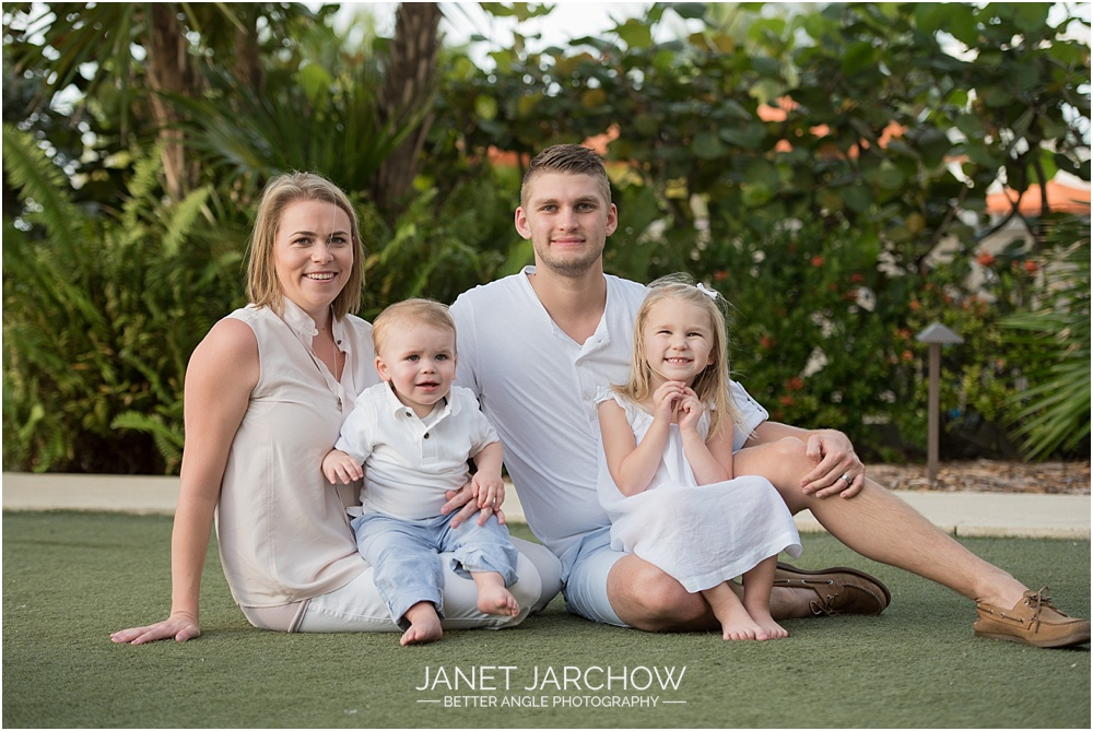 family-beach-portrait_004