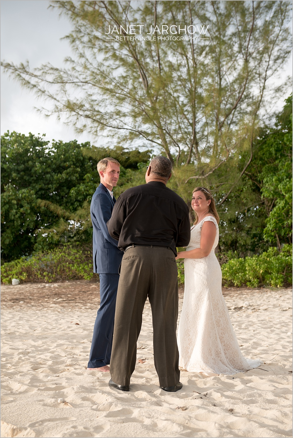 intimate cayman wedding by janet jarchow