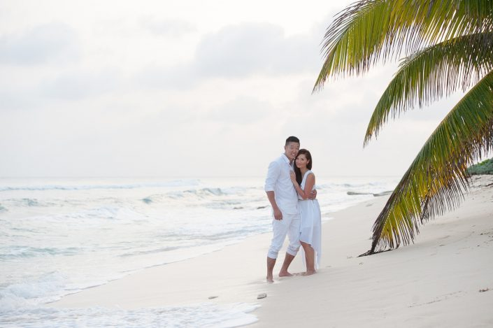cayman-engagement-session