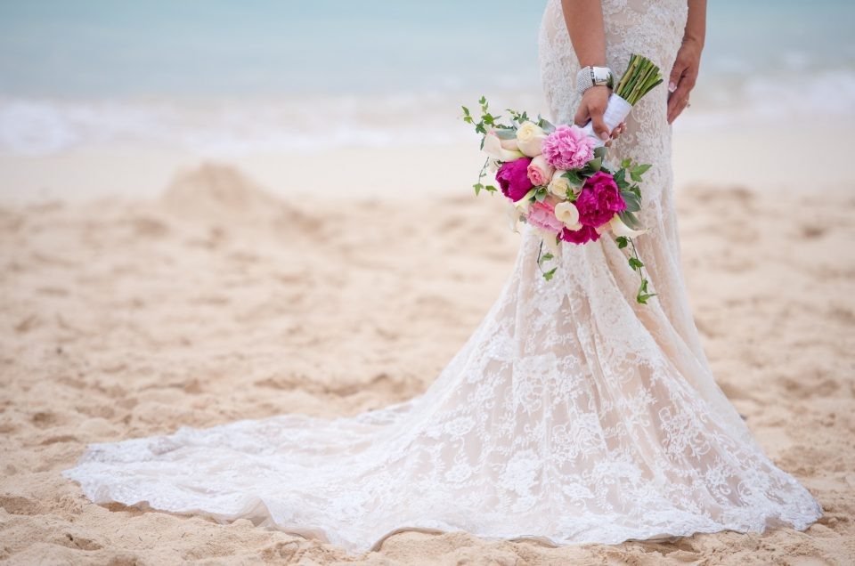 cayman wedding flowers