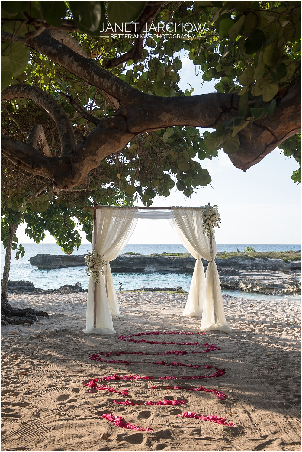 cayman islands wedding ceremony set up