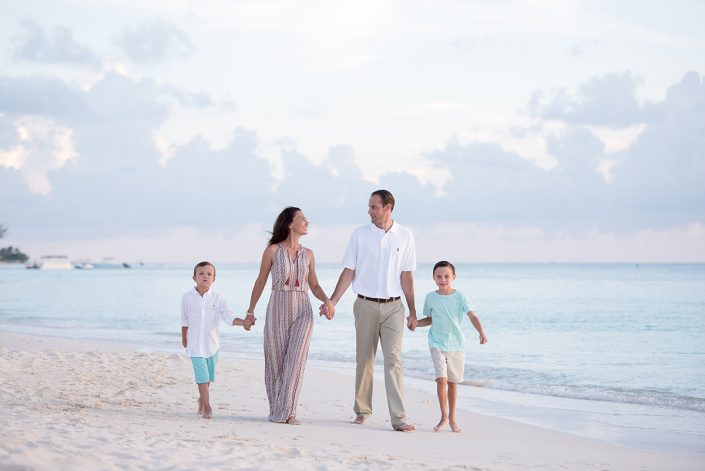 Seven Mile Beach Family Portraits Session