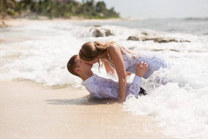 Cayman Islands Trash the Dress Session