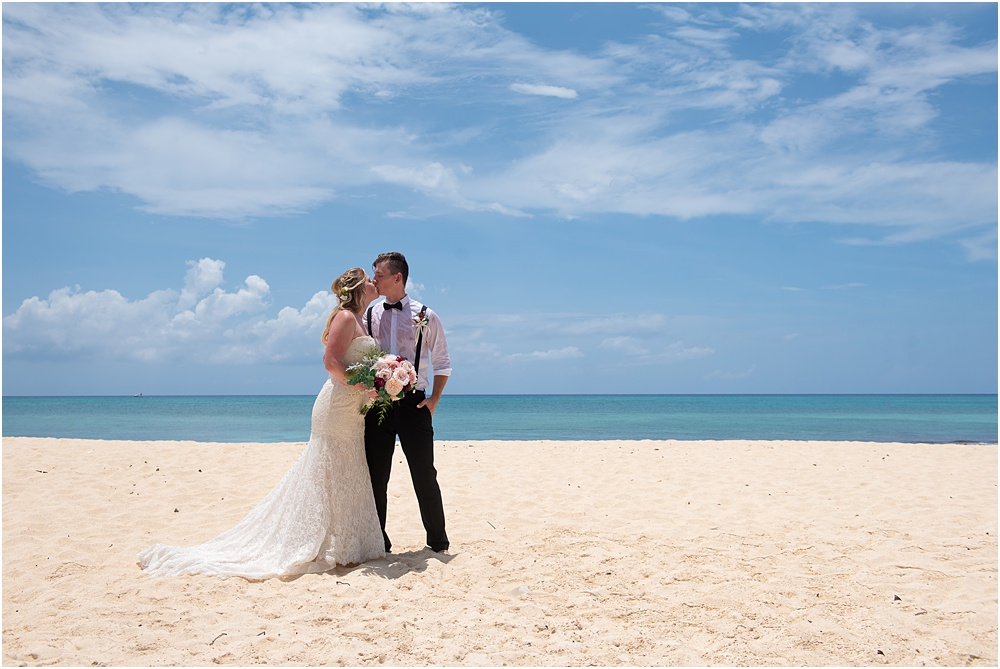 intimate beach wedding by Janet Jarchow